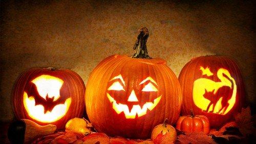 Halloween på kirkegården
