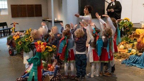 Kita feiert Gottesdienst zum Erntedankfest