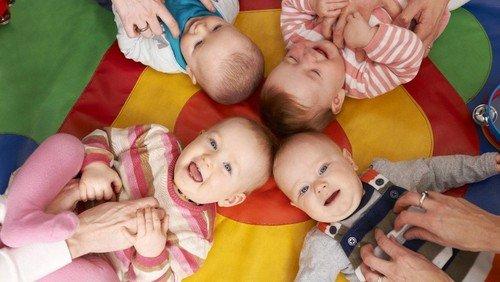 Jetzt anmelden: Entwicklungsspiele für Baby und Kleinkinder