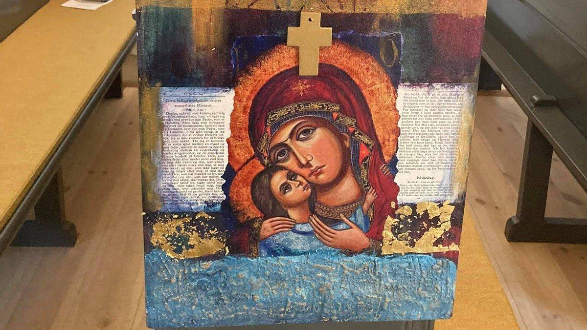 Gudstjeneste Visborg kirke - fernisering af ikoner