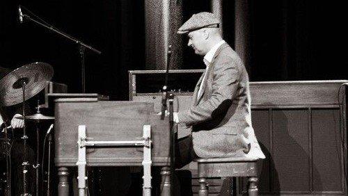 Duo på flere tangenter i Als kirke