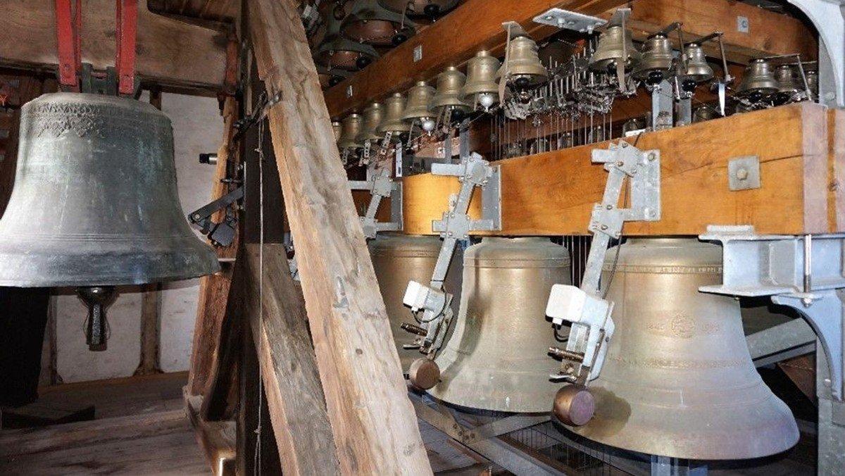 Åbent klokketårn: Oplev klokketårnet og klokkespillet i Grenaa Kirke