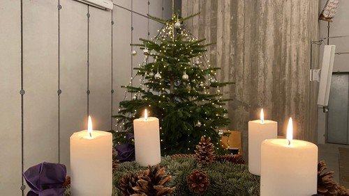 Julegudstjeneste i Gug Kirke v. Aksel Toft