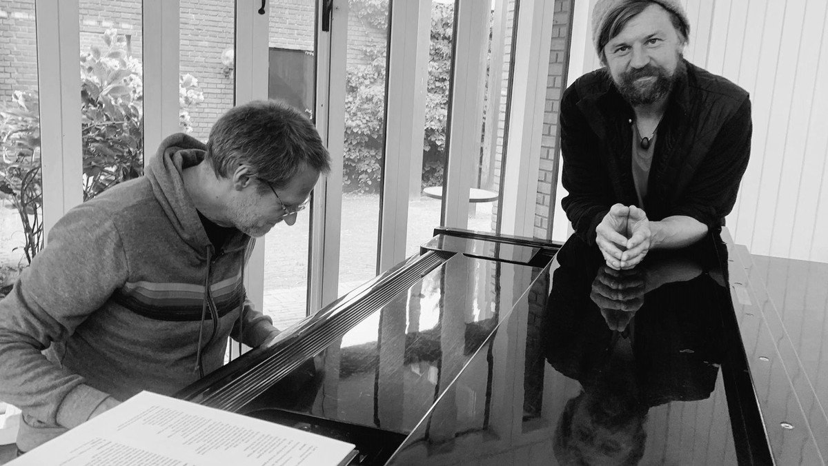 Jazz og salmer - Nikolaj Hess & Oliver Hoiness