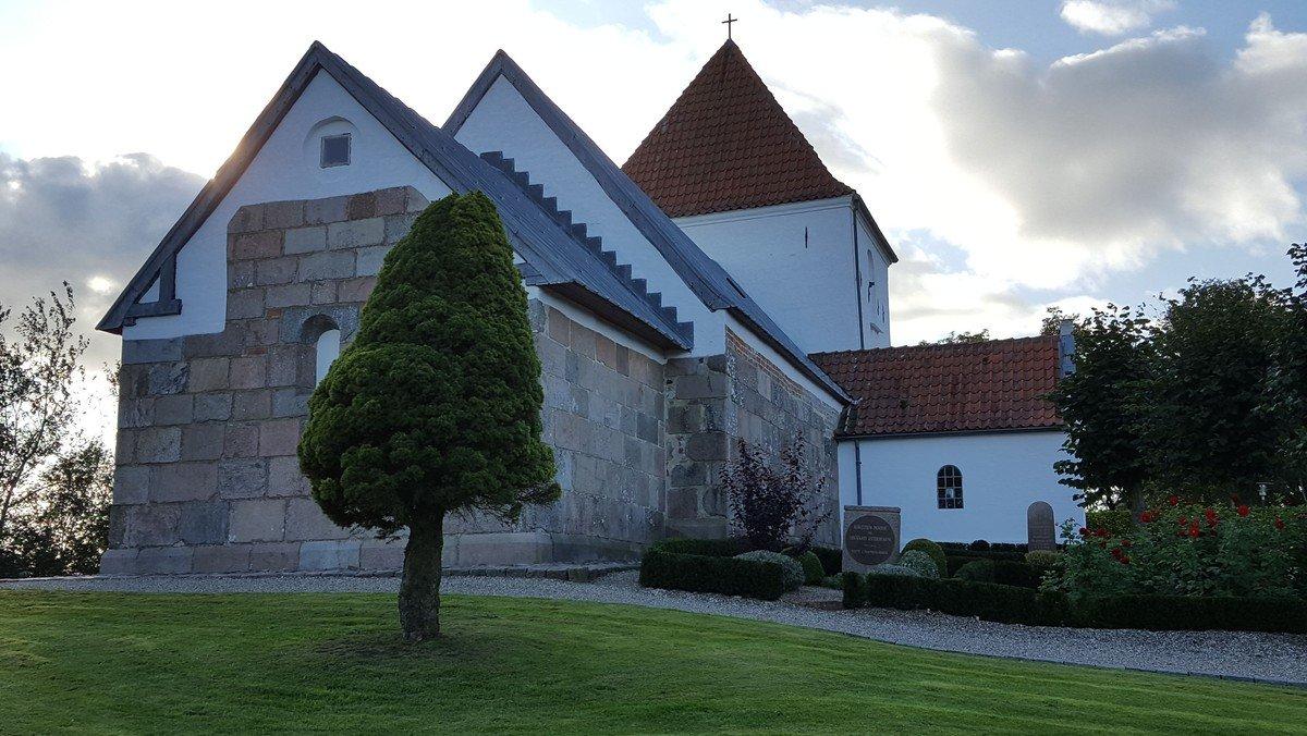 Gudstjeneste i Ullits Kirke.