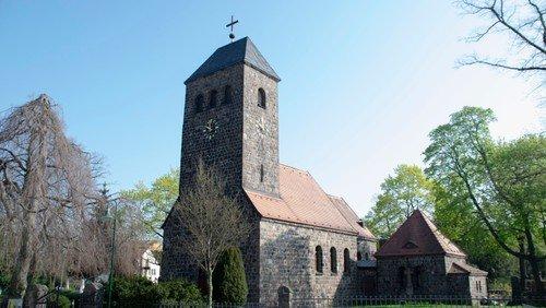 Gottesdienst in  der Dorfkirche Schönefeld