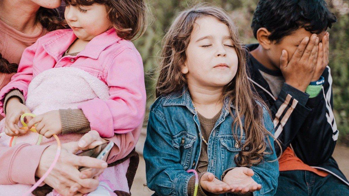 """Religion und Familie: """"Beten mit Kindern"""""""