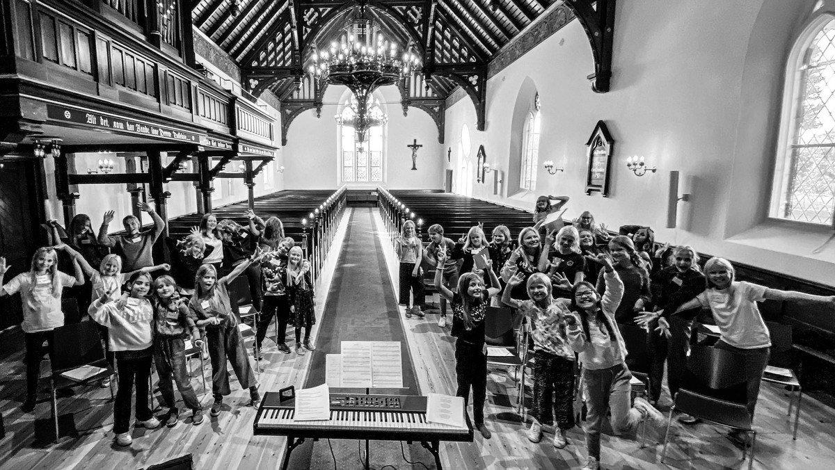 Spil dansk koncert ved kirkens børnekor
