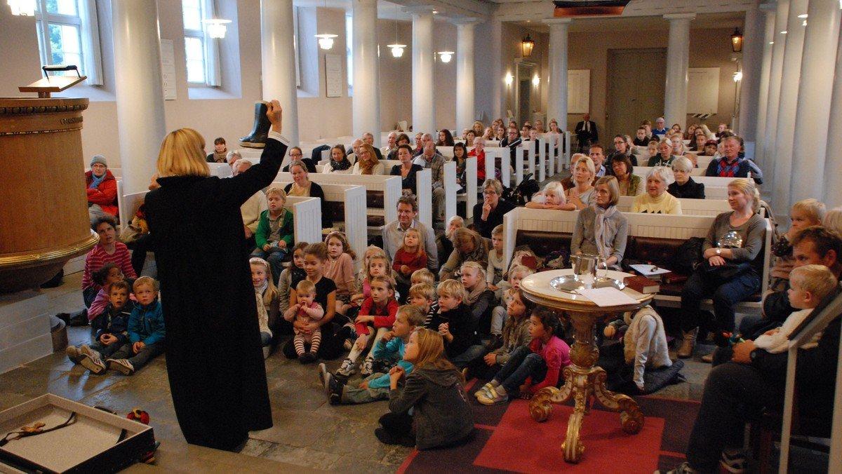 Afslutning babyrytmik i kirken