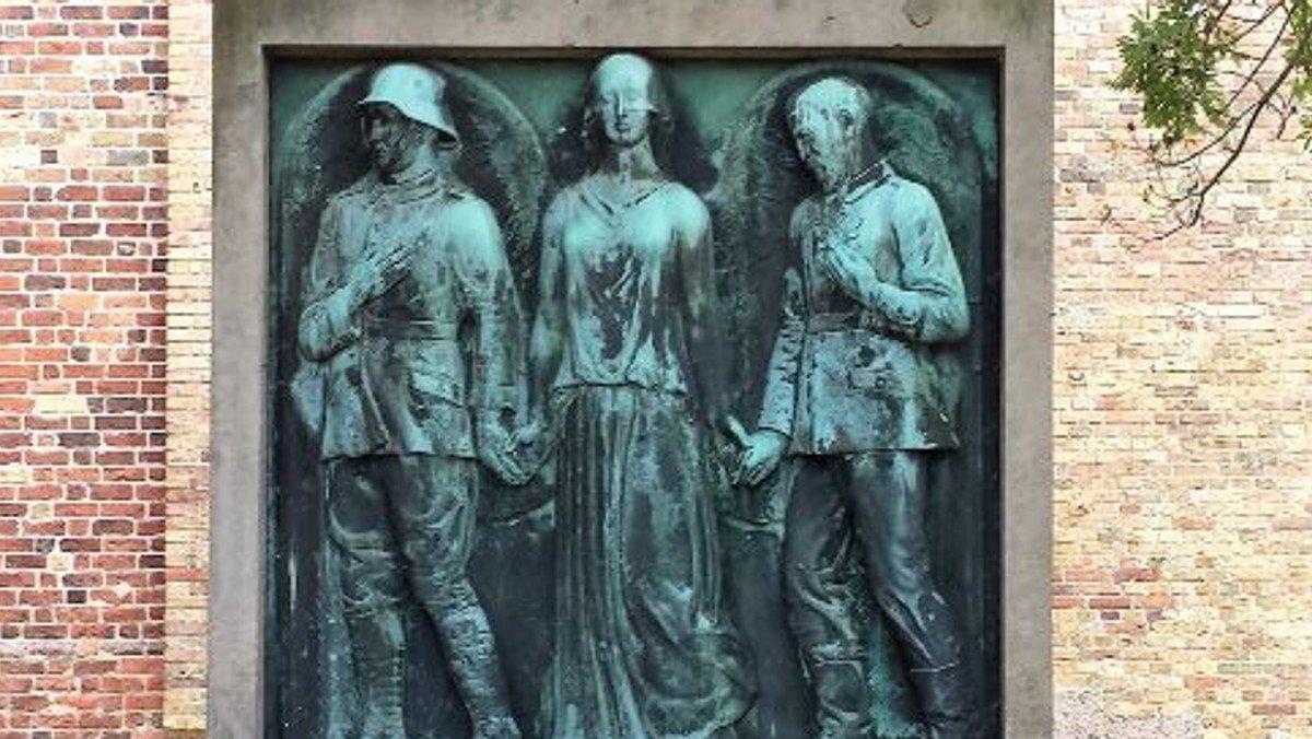 Mindeandagt og kransenedlægning til minde om de faldne i 1. Verdenskrig