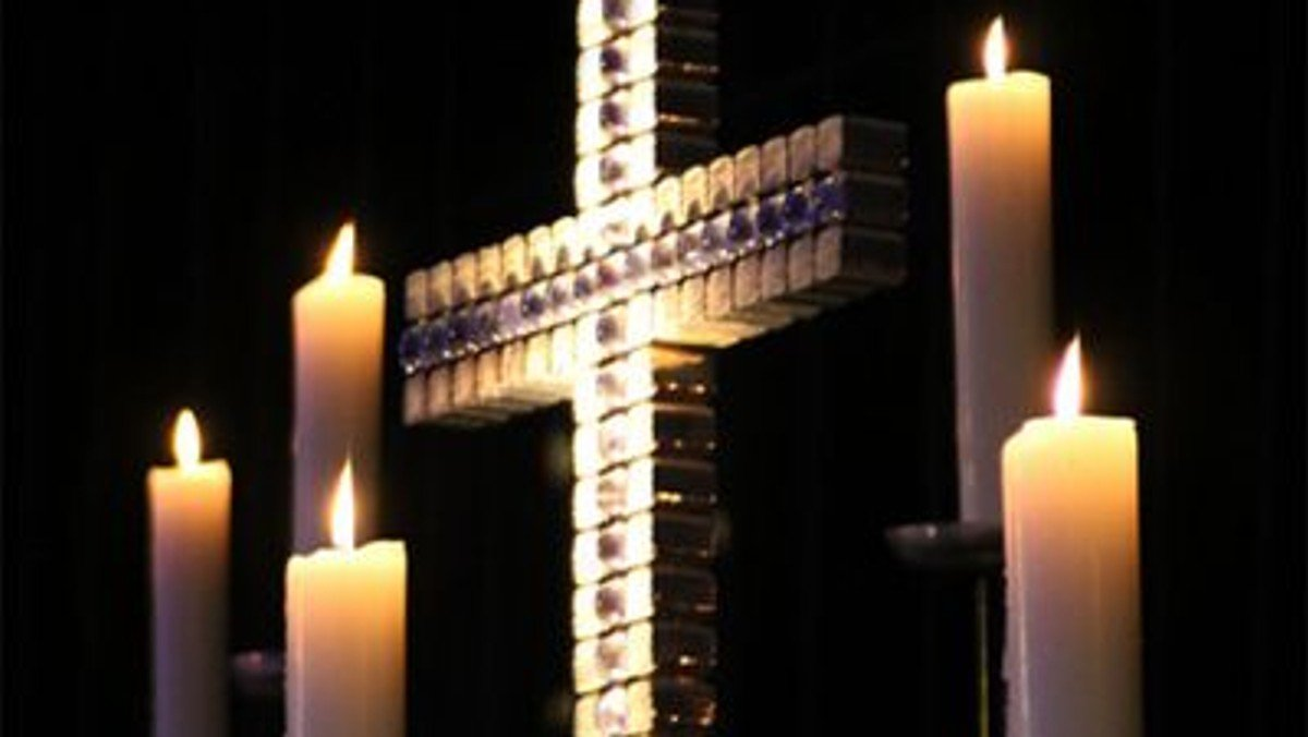 Nine lessons and carols -Singegottesdienst im Advent in anglikanischer Tradition