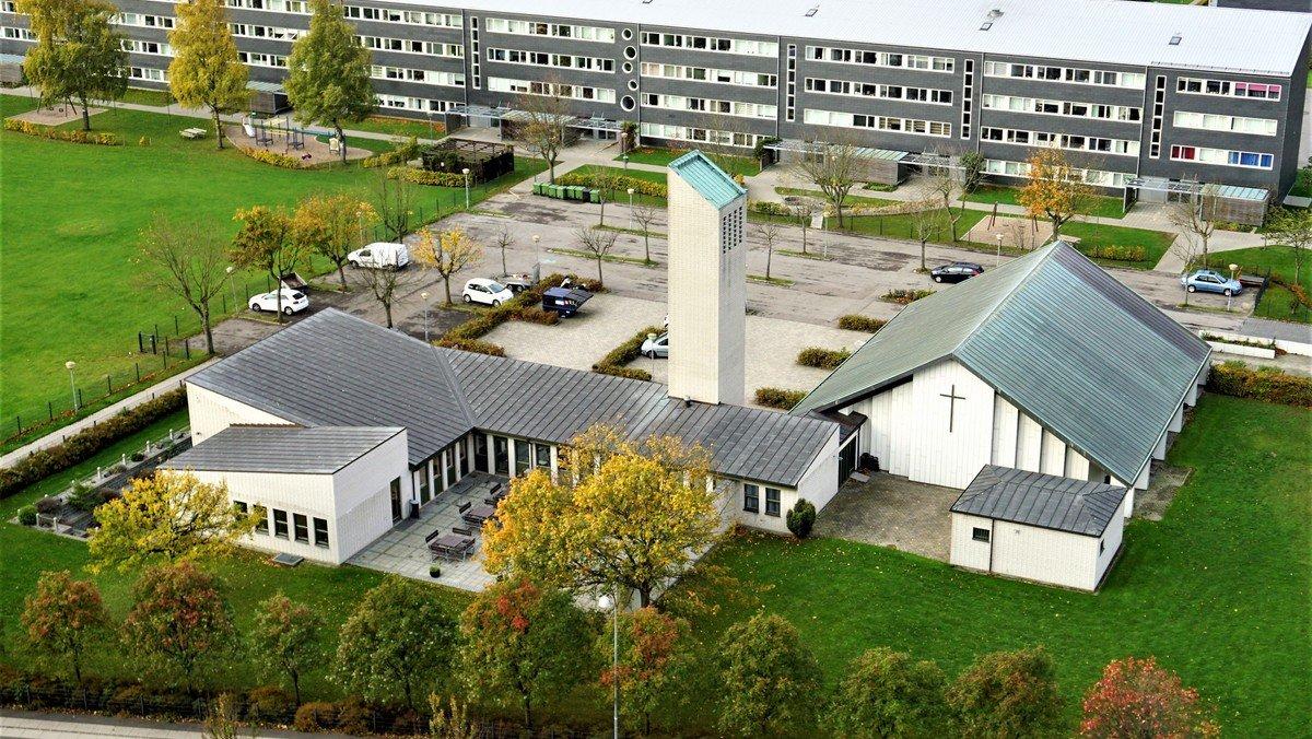 Gudstjeneste m. dåb v/Astrid Brandt Lundin