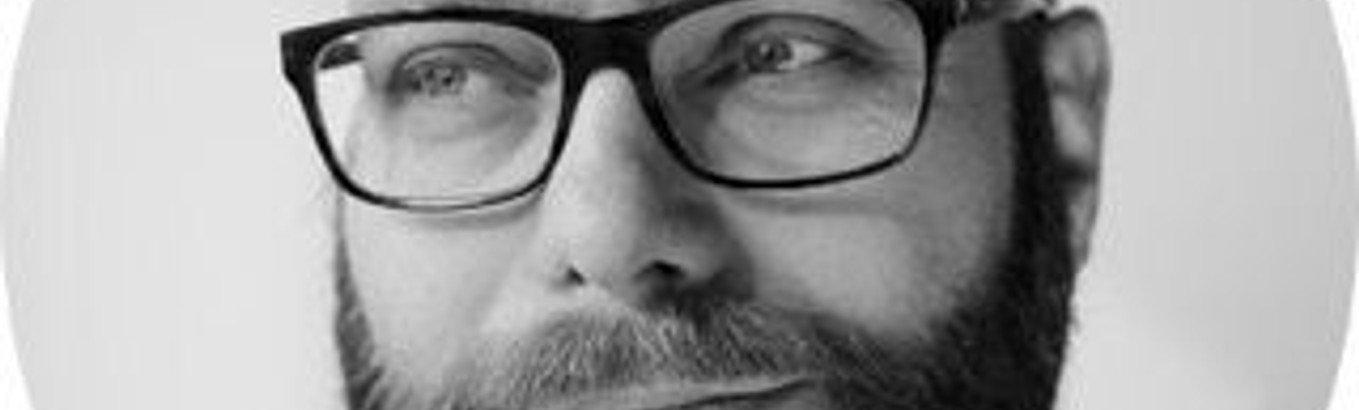 Sogneaften Ho folkestue: Lars Hvidberg fortæller om Ahmed Akkaris' bog