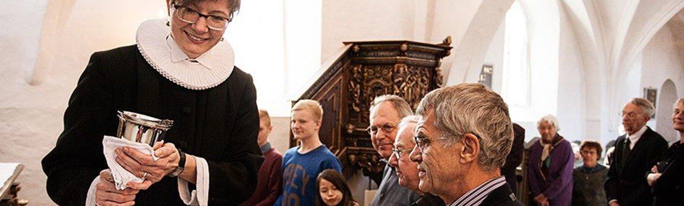Højmesse - Himmelev kirke