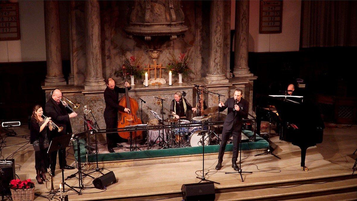 Julekoncert med Bobo Moreno Song Passions