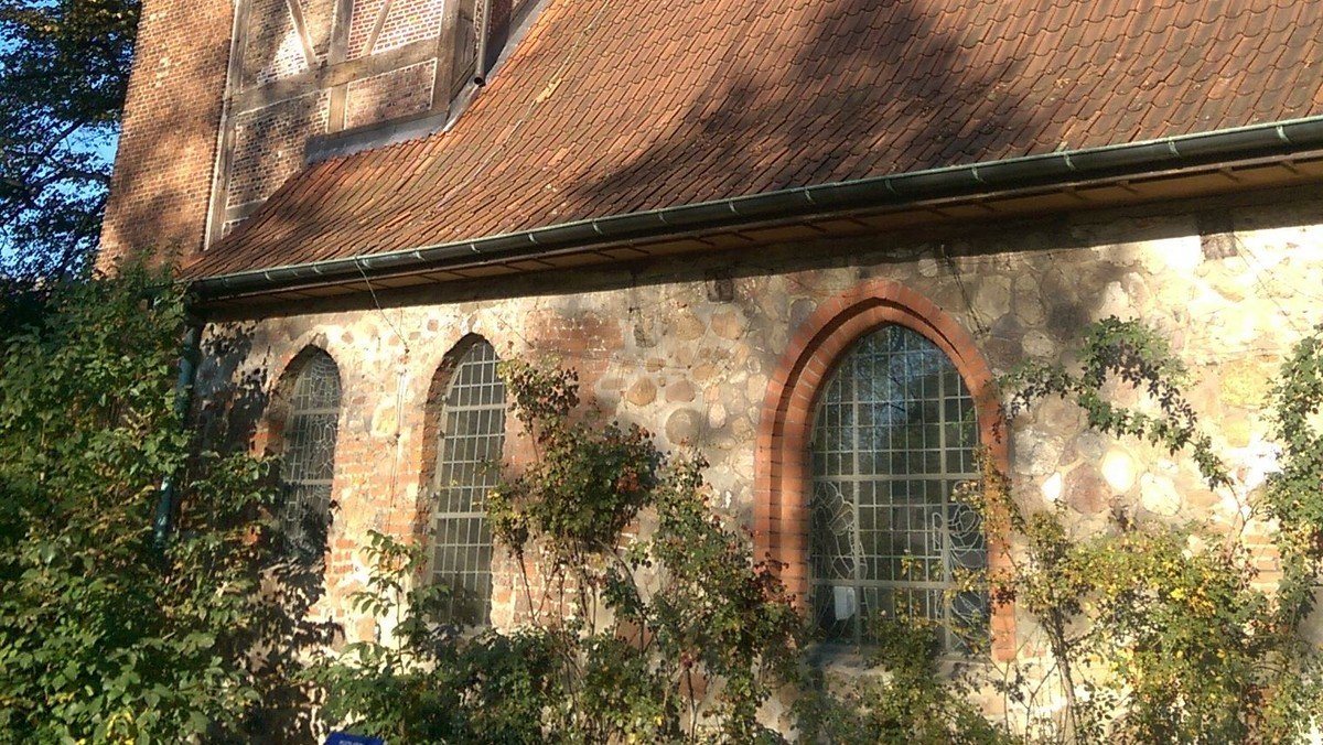 Open Air Gottesdienst vor der Alt-Rahlstedter Kirche