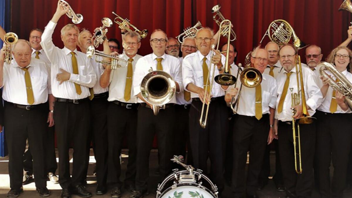 Sangeftermiddag med TRUT brassband