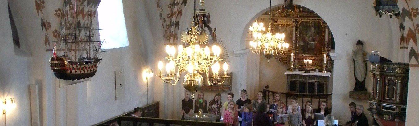 Gudstjeneste Janderup med Påskekor og Børnekor
