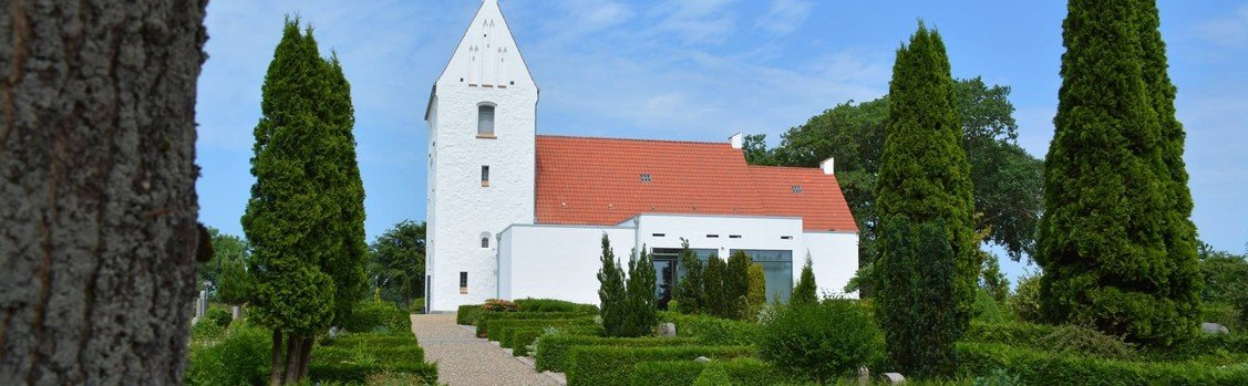 Nøvling kirke - Alle Helgens gudstjeneste med Vildbjerg Kirkes Voksenkor