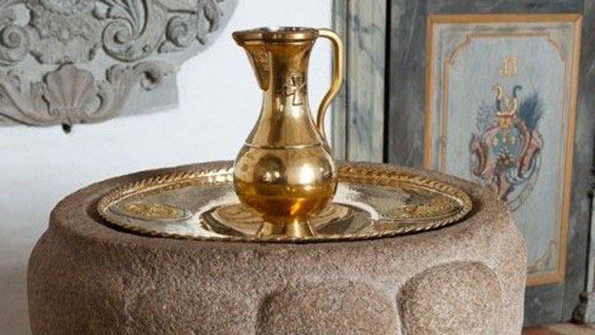Dåbsgudstjeneste ændret til tiderne: 10.30;10.45; 11 og 11.15