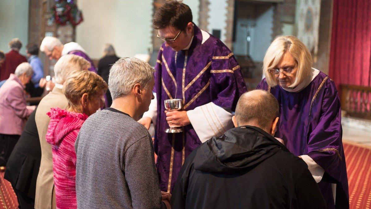 Sunday Mass Online