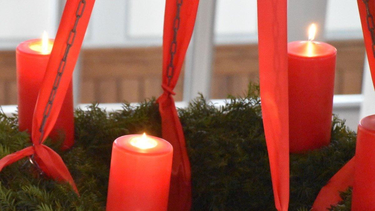 """Musikalischer Gottesdienst · Adventliche Gospelsongs """"Free Us, Emmanuel!"""""""