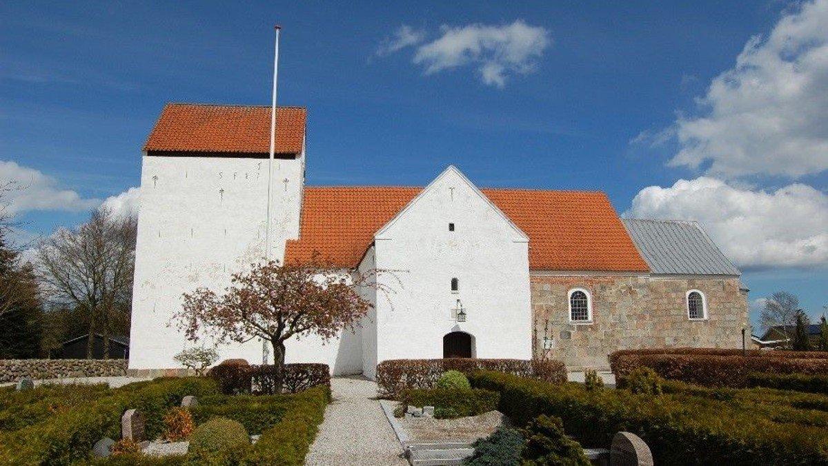 Gudstjeneste Nørager Kirke - 15. s.e. trinitatis