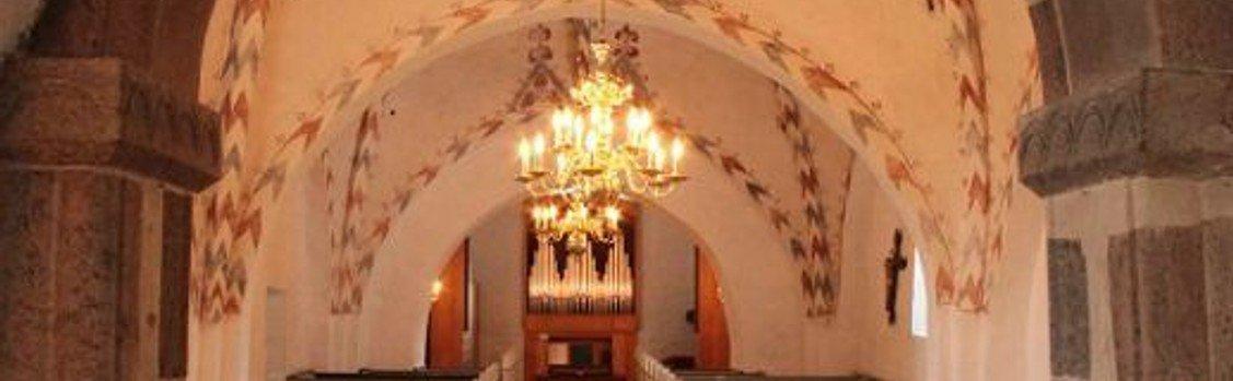 Gudstjeneste Ejstrup kirke