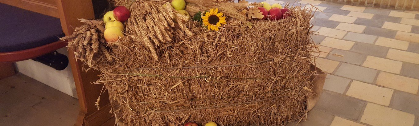 Høstgudstjeneste i Dall