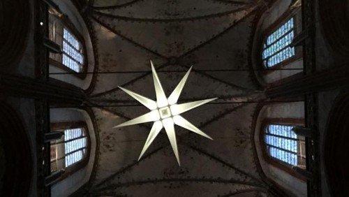 Gottesdienst zum 1. Advent, mit dem Konzertchor der Lübecker Knabenkantorei und Marienpastor Robert Pfeifer