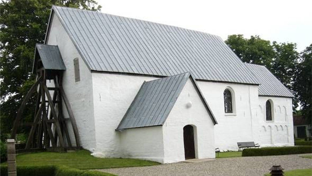 Gudstjeneste i Vinding Kirke med dåb