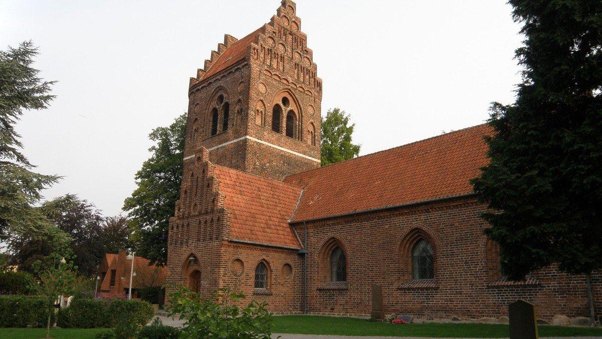 Højmesse v/DT 16. s. e. trinitatis -1 dåb