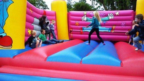 AFLYST: Familiegudstjeneste og Sommerfest