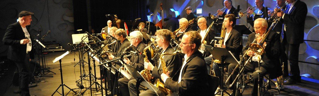 Koncert: Swingtime Bigband og Bobo Moreno