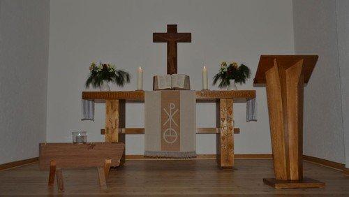 Gottesdienst  in Felsen mit anschließendem Imbiss und Gemeindeversammlung