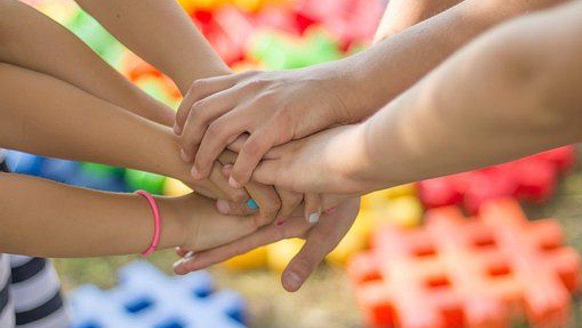Børnekirke - Gud gi'r, vi deler!