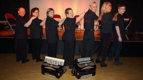 """Dorfkirchenkonzert """"accordion ADVENTure"""" im Rahmen des Adventsmarktes"""