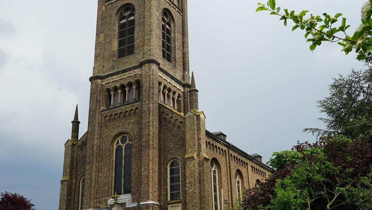 Gottesdienst Bielertkirche mit Beteiligung der Frauenhilfe