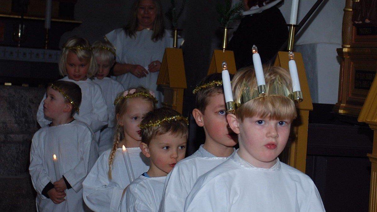 Jul i Føns Kirke med Søstjernen