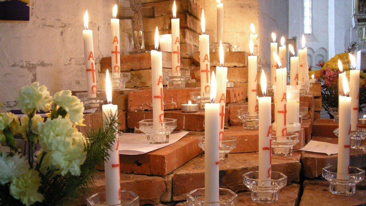 Gottesdienst zum Ewigkeitssonntag mit Abendmahl