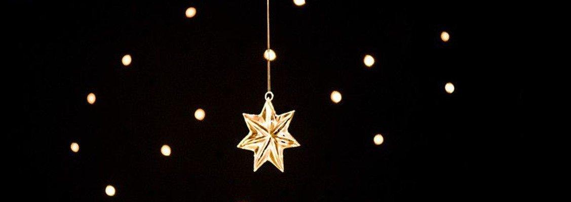 'Syng julen ind'