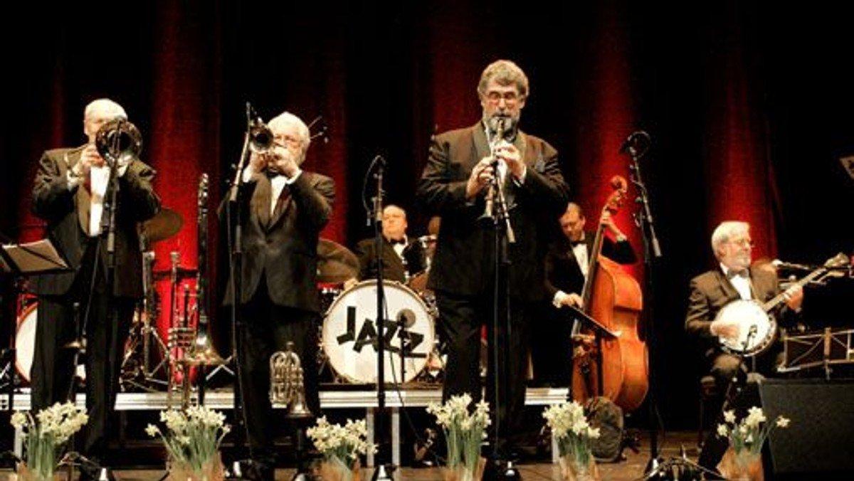 Bourbon Street Jazzband - AFLYST