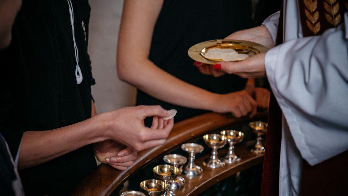 Højmesse i Ganløse Kirke ved Charlotte Dyremose