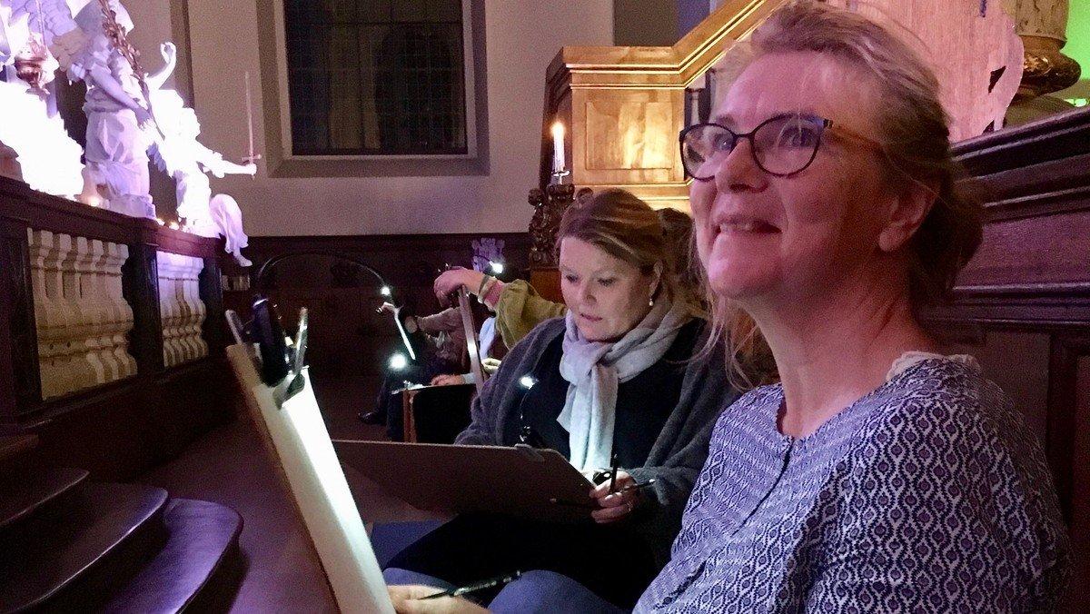Natkirke v/ Susanne Møller Olsen med tegneworkshop v/ Suzette Gemzøe