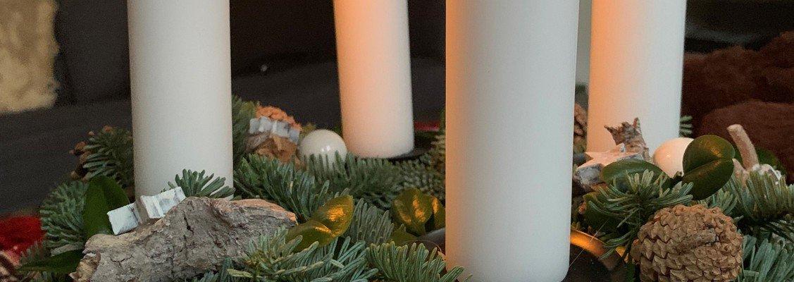 Juletræstænding og musikalsk samvær i Eggeslevmagle Kirke