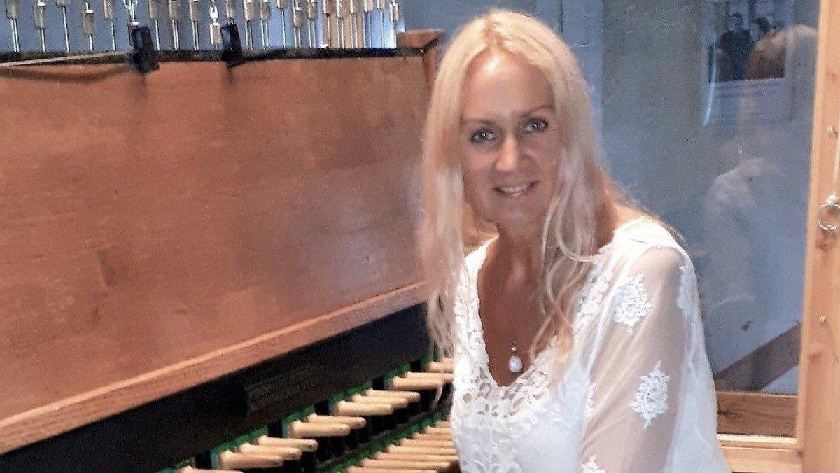 Sommerklokkekoncert med Merle Kollom