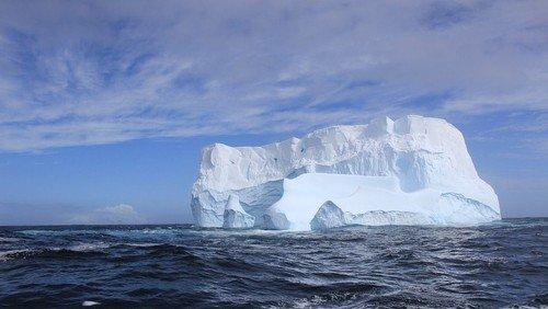 Themen der Zeit:  Die Arktis schmilzt. Was bedeutet das für unser Leben?