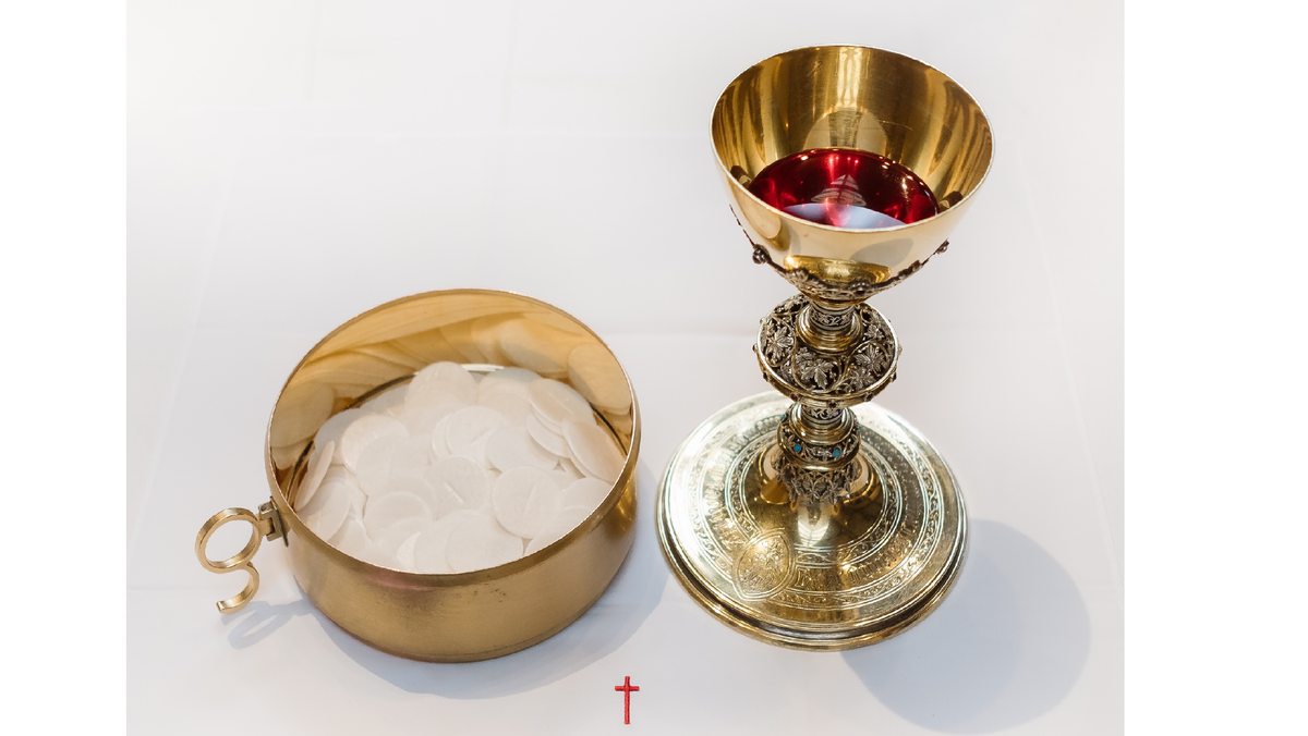 Eucharist - Facebook broadcast in place of public worship