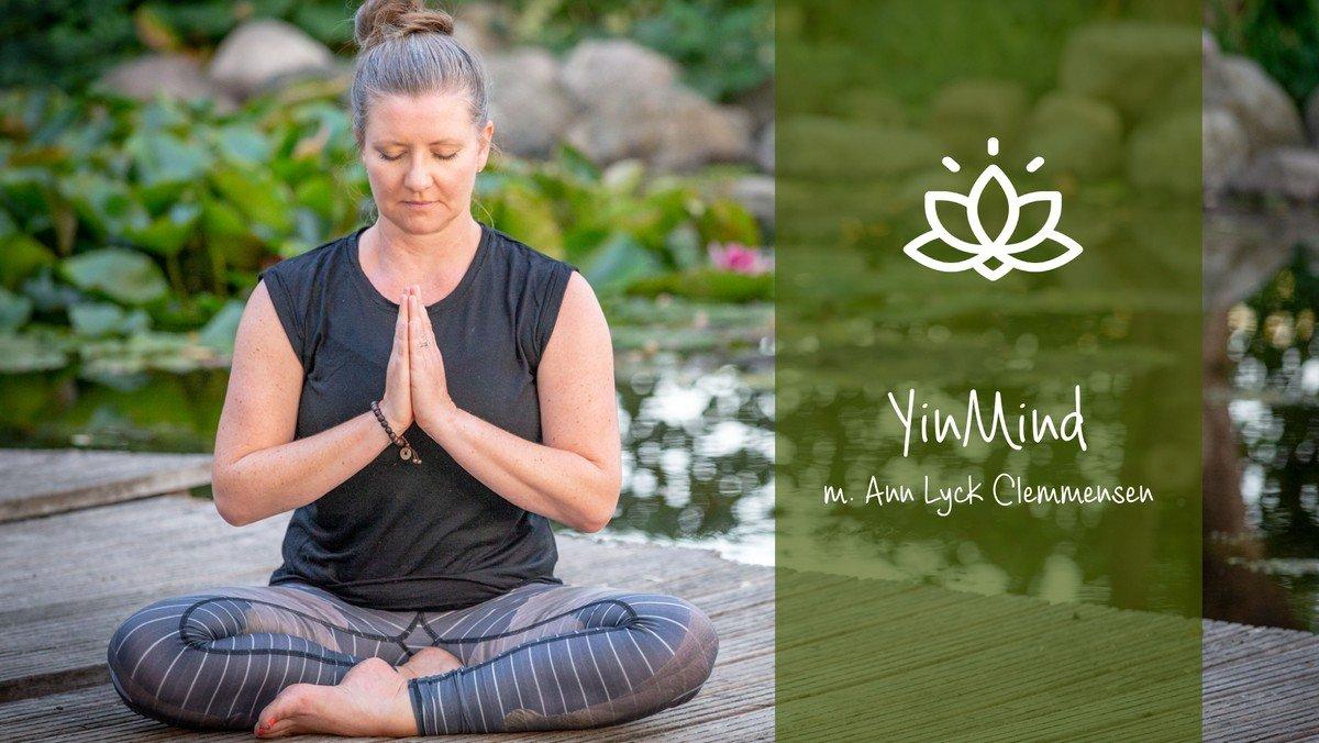 YinMind - blid yoga i din kirke - AFLYST