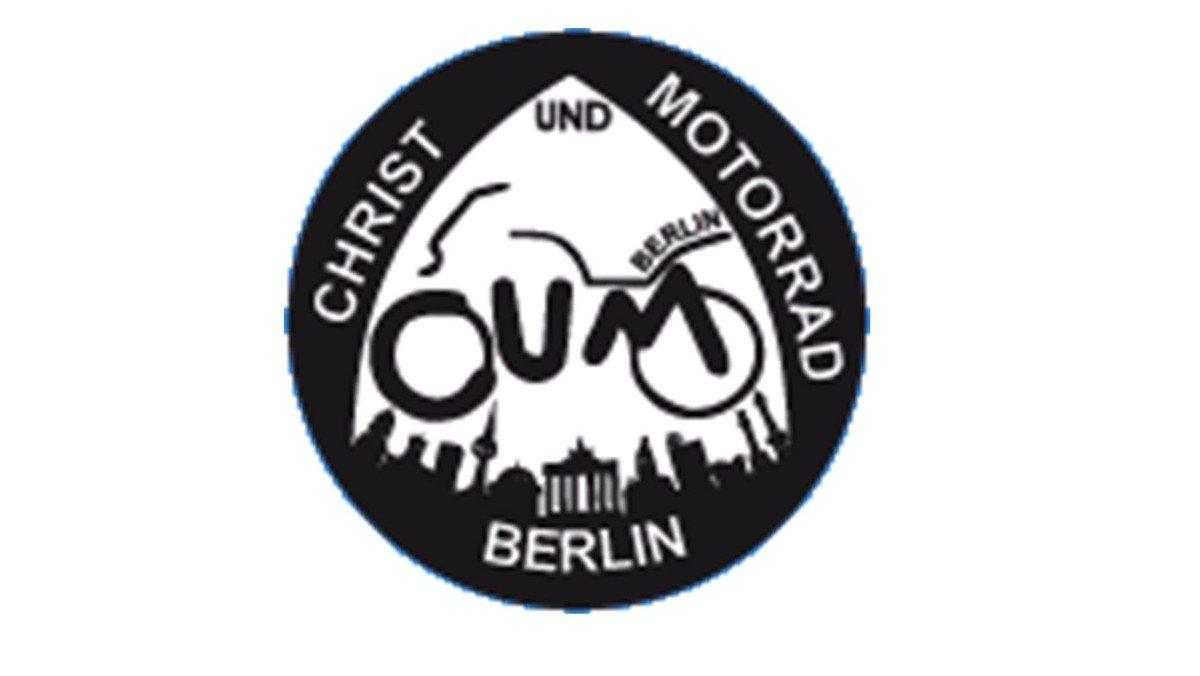 """""""Alpha bis Omega."""" Ökumenischer Gottesdienst zum Gedenken der tödlich verunglückten Motorradfahrer*innen Berlins und Brandenburgs"""